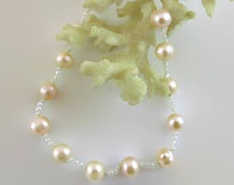 Peach Pearl Bracelet - B203