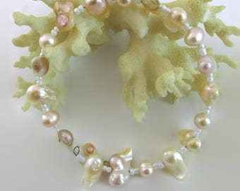 Peach Patina Pearl Bracelet - B211
