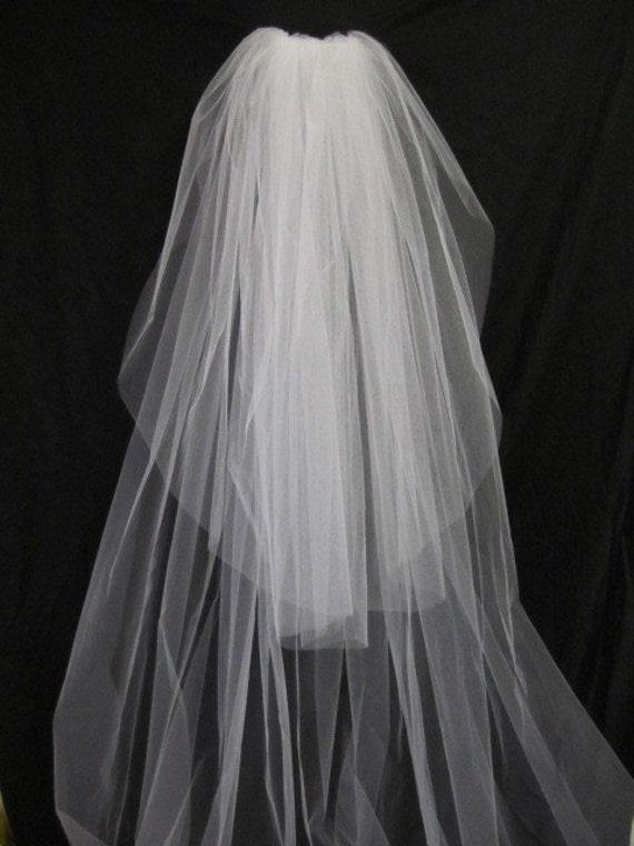 HappyERA Wedding Veil with Pompoms Decor 2 Tier Bridal Veil