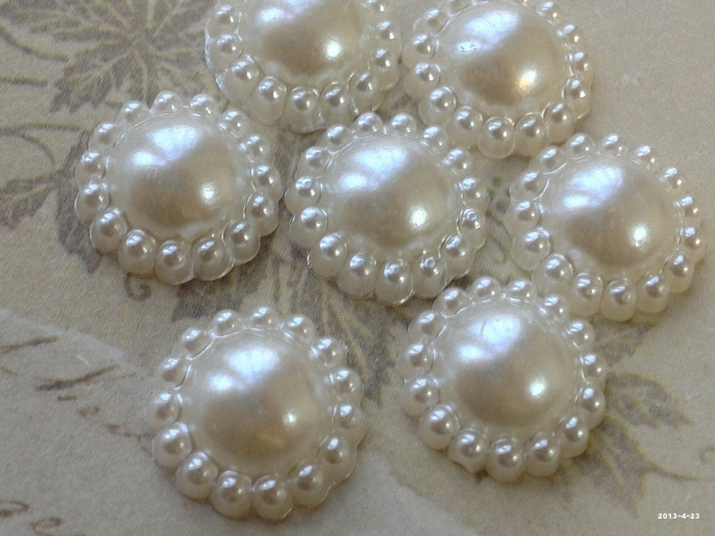 . 11 mm Beige Color Pearlised Sunflower Round Shape Flat Back Pearl Cabochons .msm