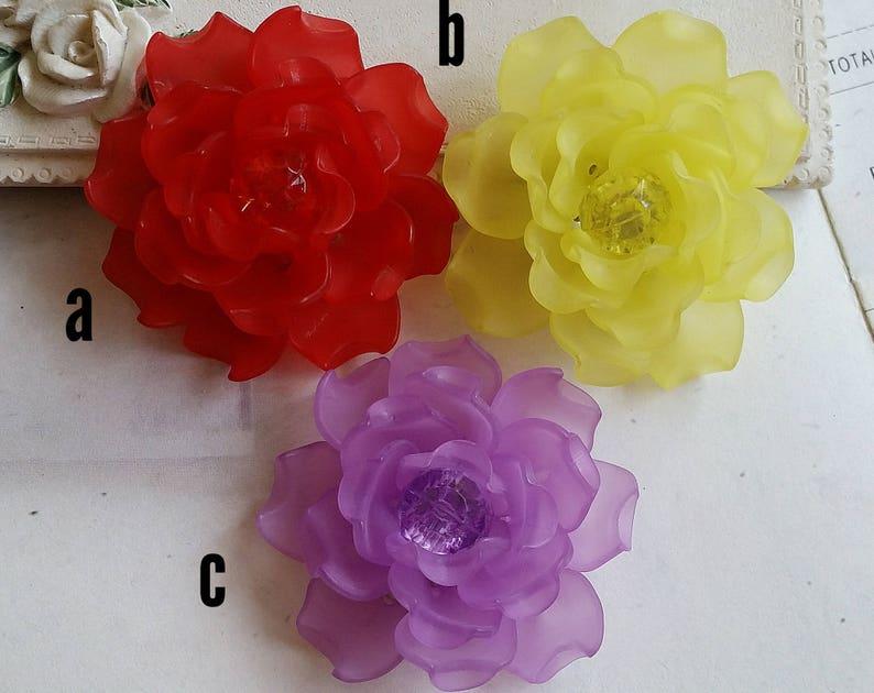 43 mm Red  Yellow  Purple  Color Matte Frosted Translucent Resin Camellia Flowers t.s