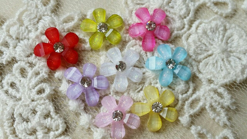 10 mm Sakura Resin Flower Cabochons With Rhinestones of Assorted Colors .ts