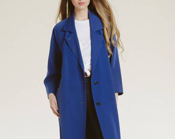 90s minimalist trench coat