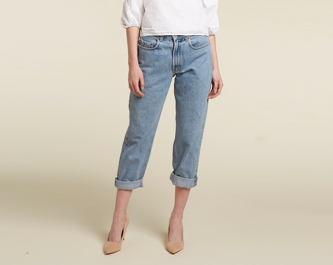 perfect 90s gap jeans / mom fit / wedgie fit /high waisted / taper