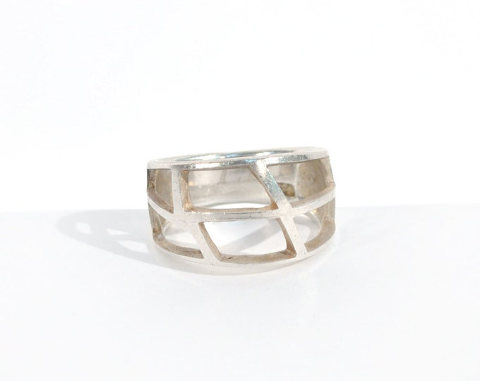 vintage cut-out sterling silver handmade ring / caged open effect / geometric / unique