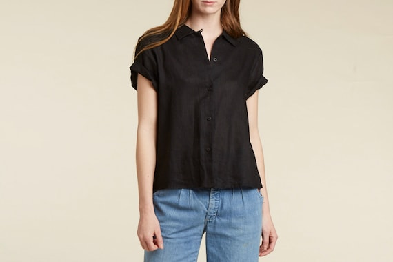 90s perfect black linen button down short sleeve blouse