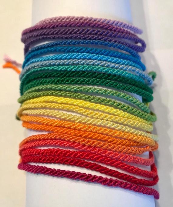 sélection spéciale de style le plus récent produits de commodité Mix & Match - Every Color - Thin Friendship Bracelets