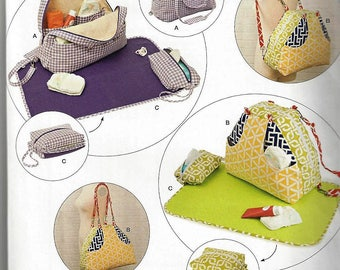 SimplicityPattern #8031 Convertible Diaper Bags and Changing Pads Uncut Factory Folds