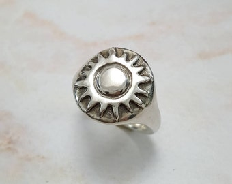 Sun Ring in Sterling Silver, Silver Sun Ring, Sunshine Ring, Silver Sun beam ring, sun jewelry, sun and stars ring, summer jewelry