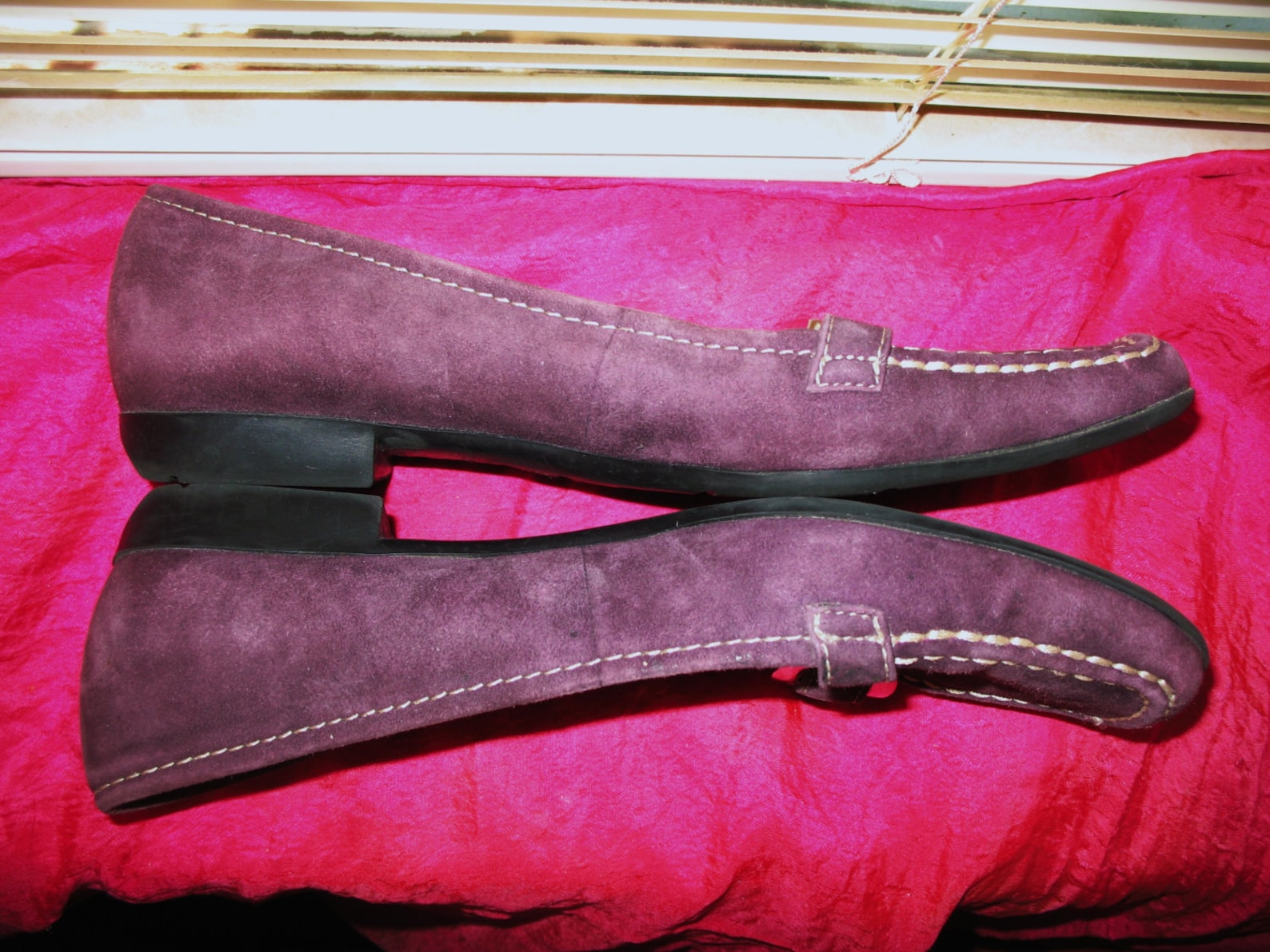 amazing vintage a k anne klein shoes purple sued leather loafers ballet flats w metal buckles size 6m/36