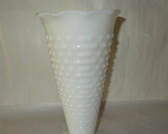 White Milk Glass Hobnail & Zipper Vase Vintage Milk Glass Tall Cut Flower Vase Anchor Hocking Mid Century Glass Home Decor