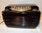 Philco Bakelite Tube Radio is the Model 48-460 Hippo an Art Deco AM only Working Table Radio