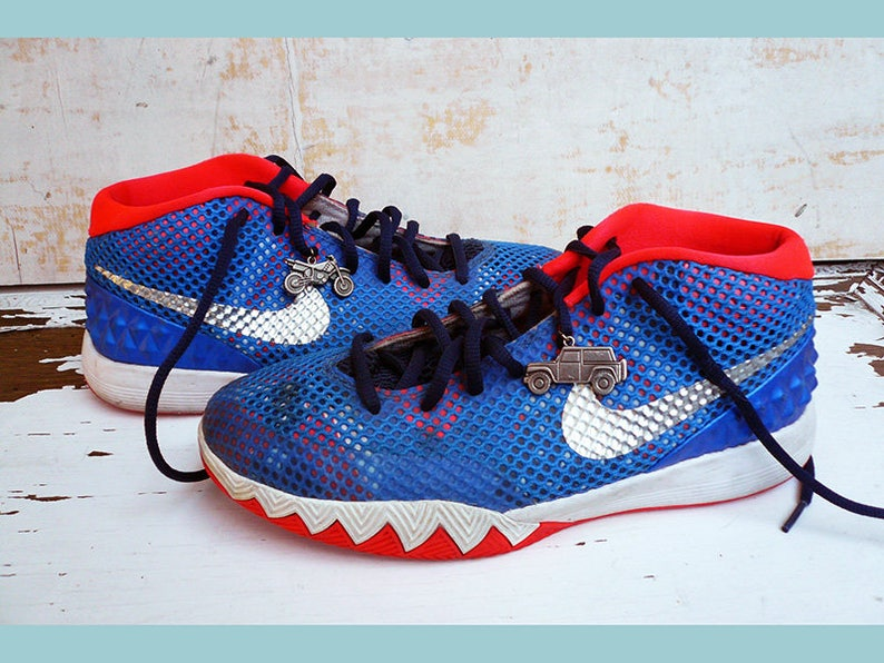 separation shoes 81201 772f4 Nike Kyrie 1