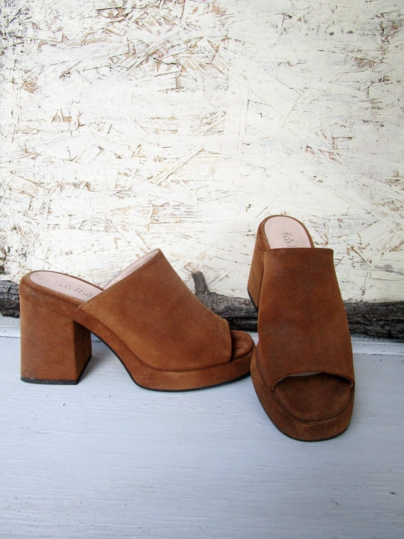 beige open toe mules