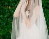 Bridal veil- double layer veil- fingertip veil-drop veil-wedding veil- waltz veil- circle blusher veil- cathedral veil-style 100