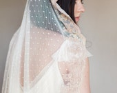 Bridal veil- Mantilla veil- Gold bridal veil-polka dot veil-wedding veil-fingertip veil- lace veil-Rose gold veil- style 102
