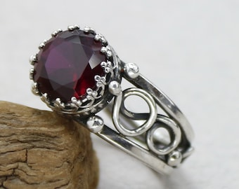 Antique Garnet Ring Vintage Rings For Women Rings For Men Antique Ring Sterling Silver Antique Jewelry Red Stone Ring Wire Wrap Rings