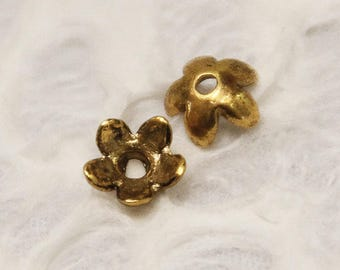 Antique Gold 5 Petal Flower Bead Caps 6.5mm (50 Pieces) G27