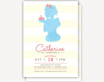 Invitation: snow white