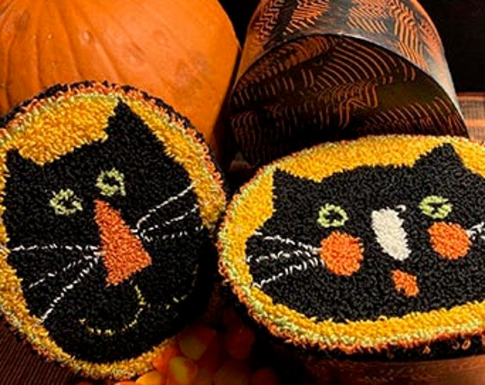 Primitive Punchneedle Pattern Candy Corn Cats