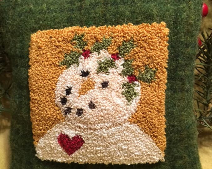 Primitive Punchneedle Pattern Holly Berrie