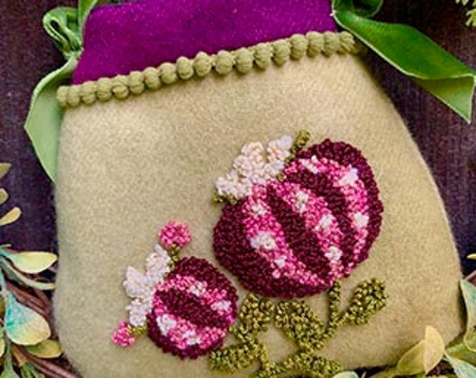 Primitive Punchneedle Pattern Pomegranate on Wool