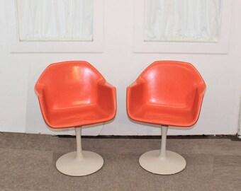 Mid Century Modern tulip base fiberglass chairs