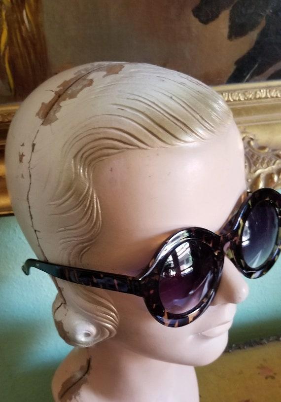 Funky Retro Sunglasses - image 2