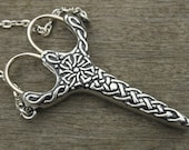 Celtic Knot Chatelaine - Antique Pewter Finish Etui Scissors - lacemaking and embroidery