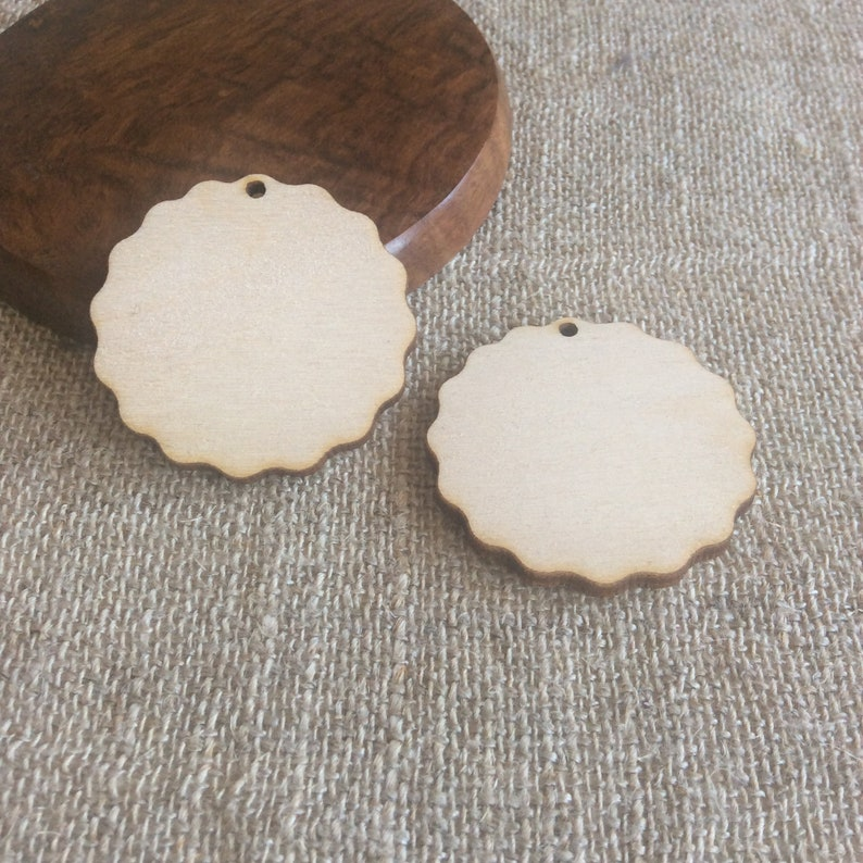 Wooden cut out, plywood shape, set of 10, wooden circle, for diy jewelry,  wooden tag, diy supplies, craft supply