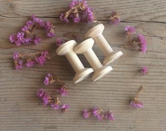 Wooden Spool / Unfinished Wood / Set of 3 / Medium Size Spools
