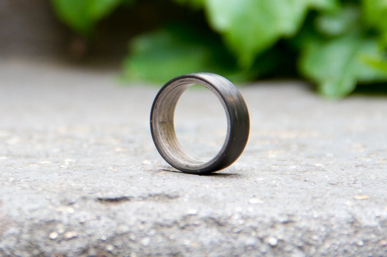 Natural wooden grey wood wedding band Men/'s black carbon fiber and bentwood ring 00401/_7N Water resistant and hypoallergenic.