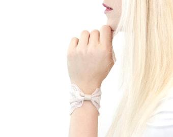 Bracelet Noeud En Dentelle Dentelle Poignet Manchette Etsy