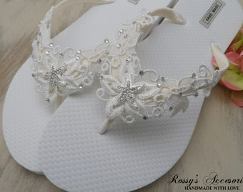 370b5e00d1e51a Ivory Venice Lace Flip Flops   Beach Wedding Party   Ivory Lace Wedding  Flip Flops  Beach Wedding Flip Flops   Bridesmaids Gift   Bride Gift