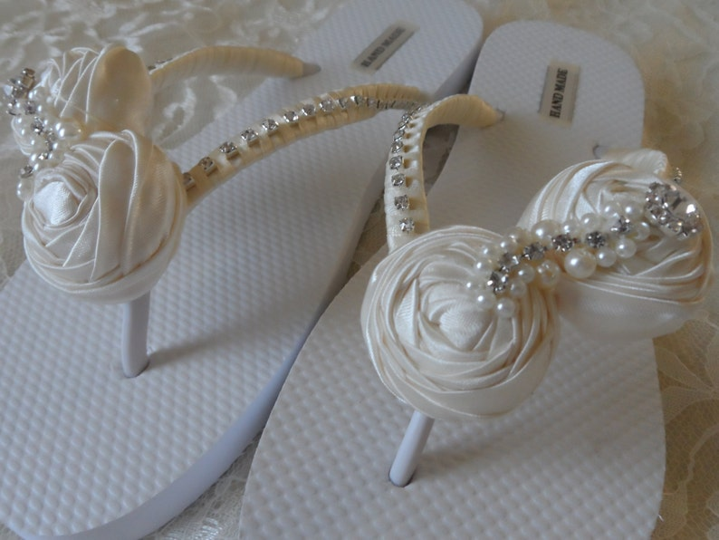 c90af9d3b3ae0a Ivory Rolled Flowers Flip Flops   Bridal Flip Flops   Beach Wedding Shoes    Bridesmaids Gift   Bridal Shower   Bachelorette party .