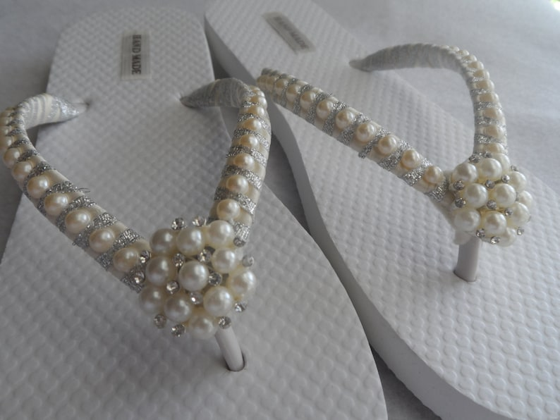 6abaa57c3ec0 Bridal Ivory Pearls   Wedding Pearls Flip Flops