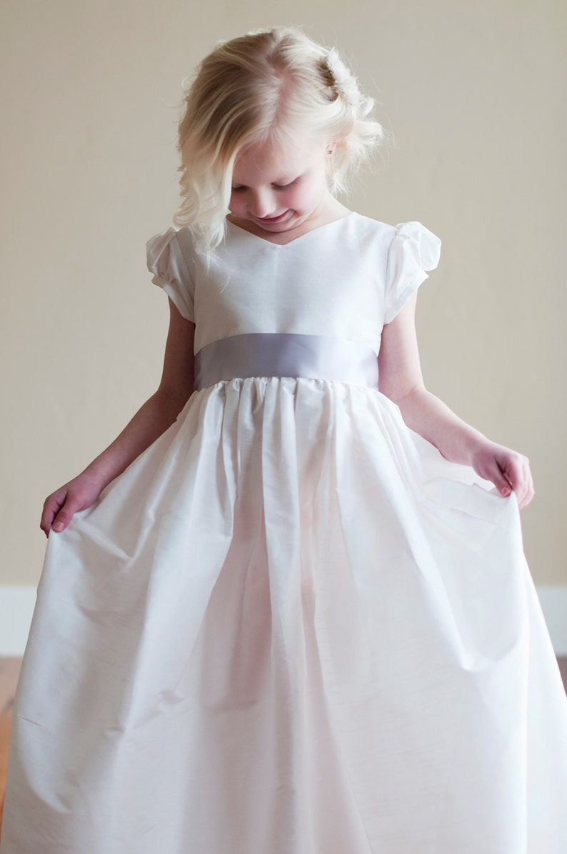 b696f87adc62 L Albion prima comunione vestito e Flower girl Dress.