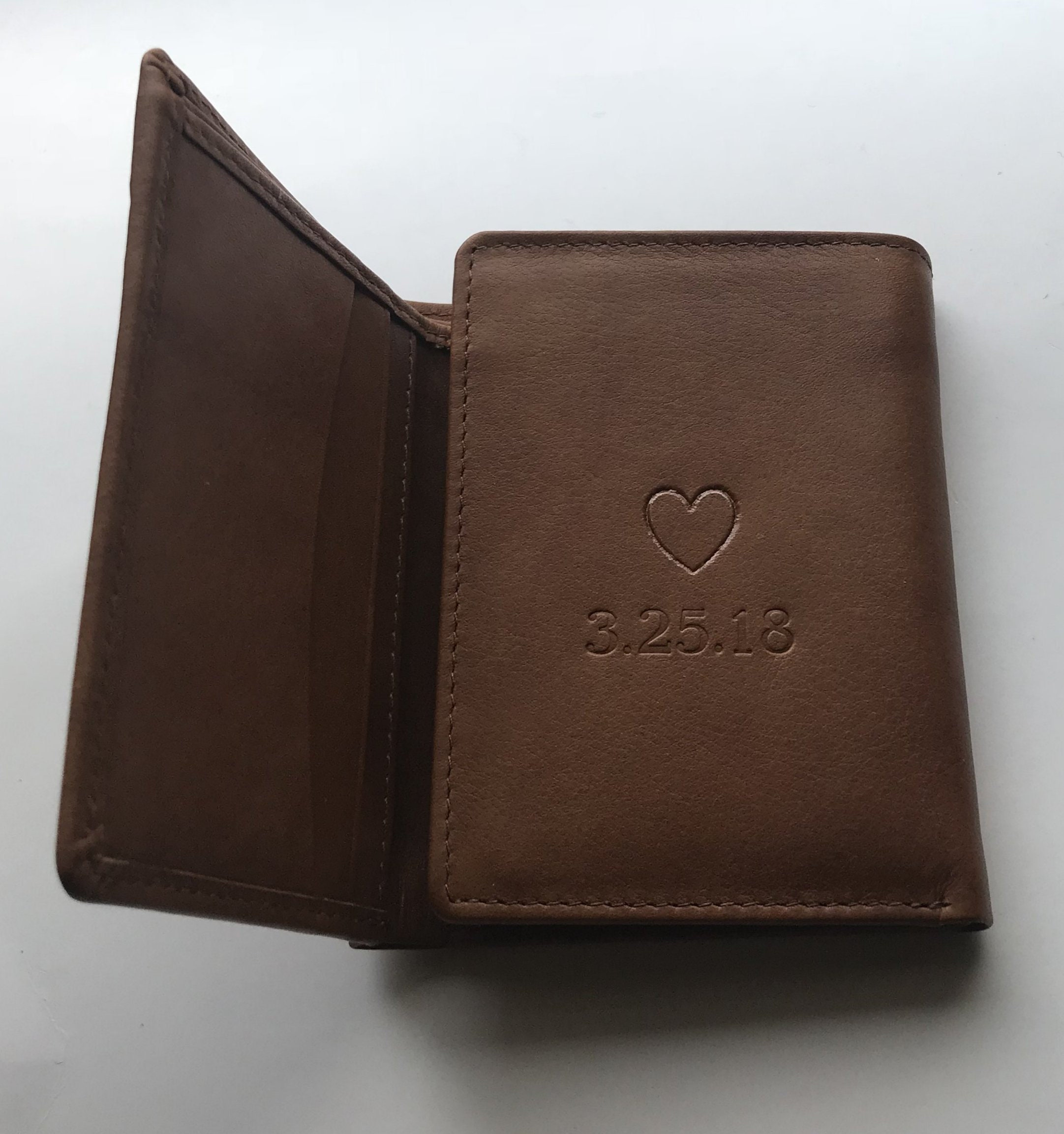 36eaba5e57fd RFID Wallets,Men's Leather Gift,Dad's Gift,Personalized wallet ...