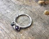 two black pearl and silver ring, sterling silver crimp pearls ring, black two pearl ring, two years anniversary ring, gift of true love, mai