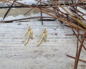 golden leafs post earrings, tree leaves, natural, organic, art jewelry, perfect moms gift, anniversary present, real tree leave, hand made,