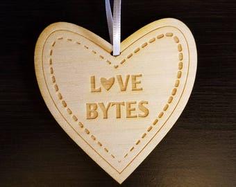 Love Ornament - Love bytes