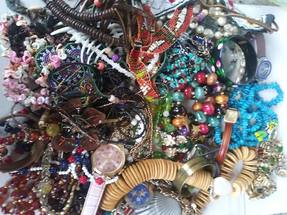 Vintage Costume Jewelry Lot 4 pounds  Necklaces Br