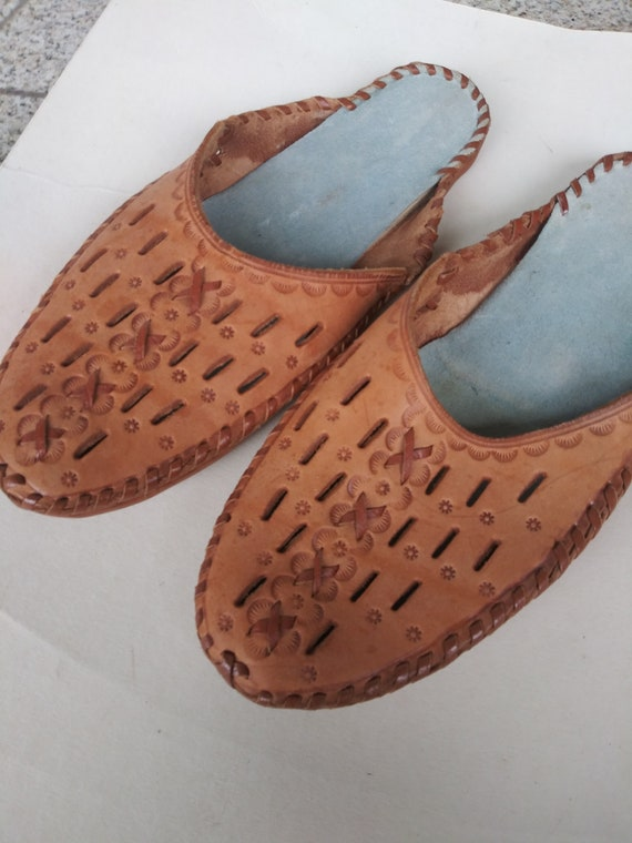 Slippers women, women leather slippers Vintage  ha
