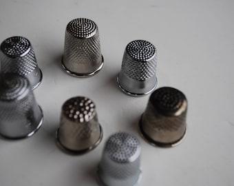 7 pieces  Vintage Metal Thimbles