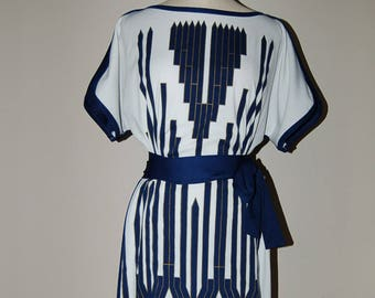 a14703ce8c7 Classic Hawaiian Alfred Shaheen Grecian Inspired Belted Shift Dress 12 M L