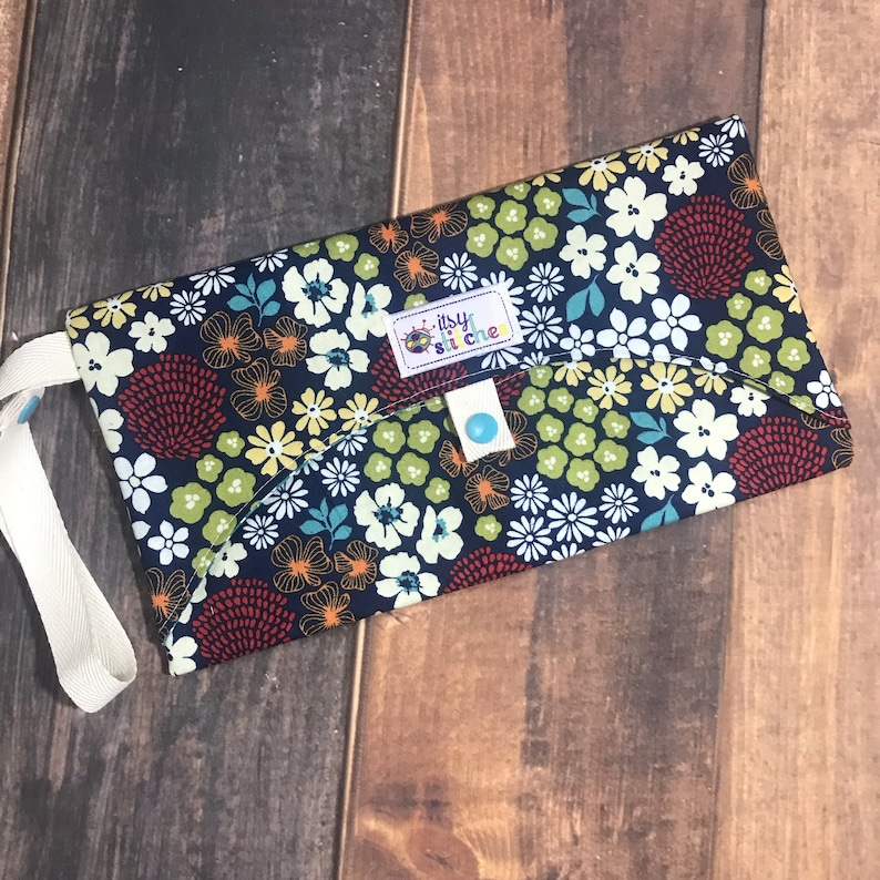 Floral Wipe Clutch image 0