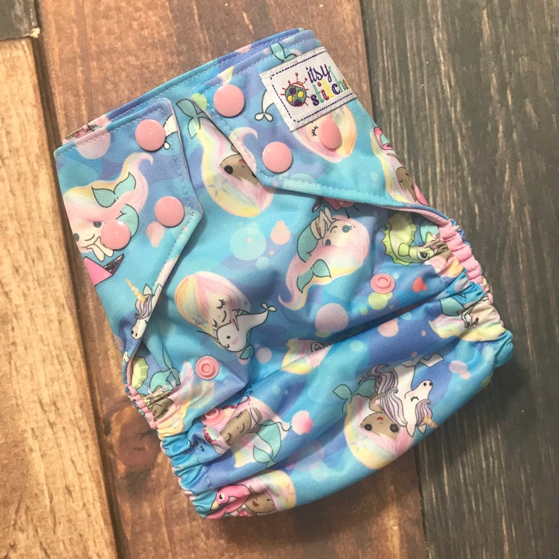 Mermaid Girls OS Pocket Diaper with Insert image 0