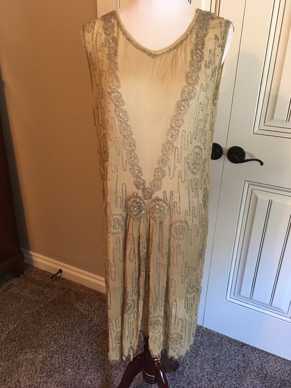 Stunning 1920s Beaded Flapper Dress