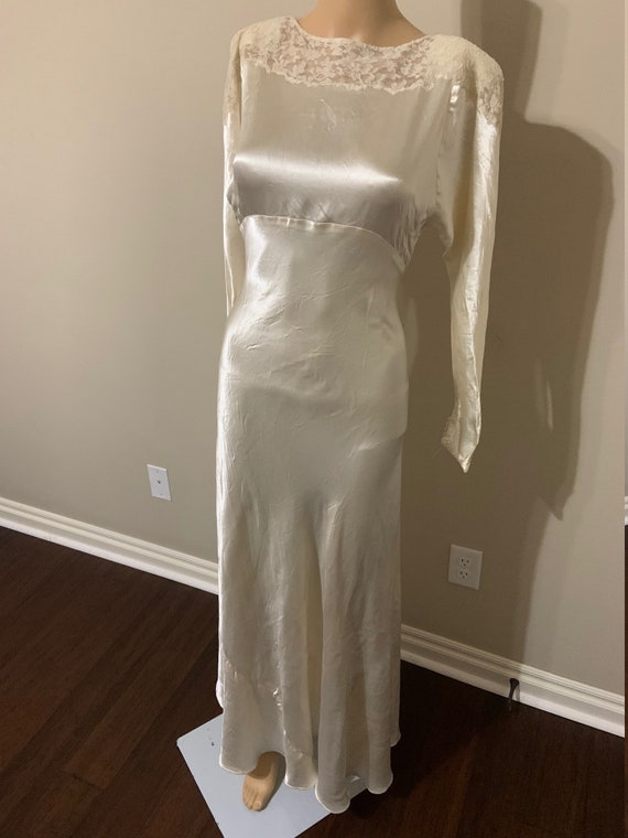 Gorgeous 1930s Liquid Satin and Lace Wedding Gown