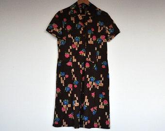 Vintage Brown Short Sleeve Floral and Geometrical Print Shirtwaist Shift Dress